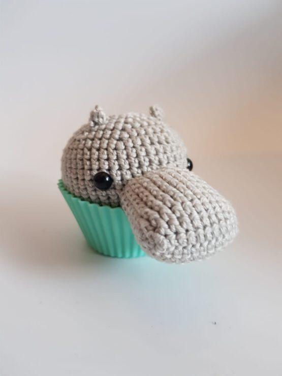 Gehaakte nijlpaardcupcake